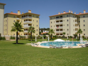 algarve-resort-auction