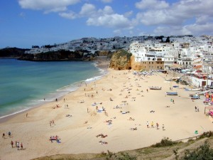 Last-minute car rental in the Algarve